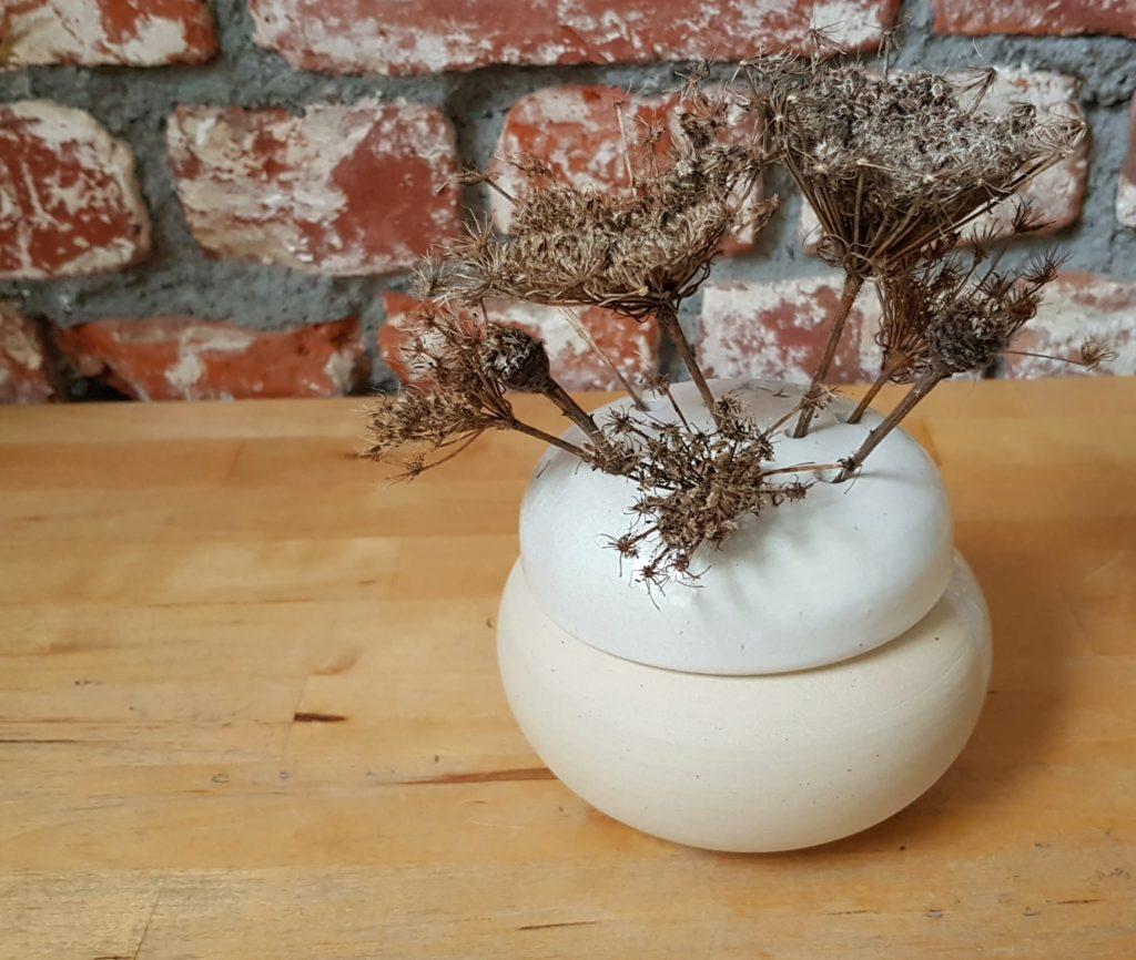 Céramique par YA / Pique fleurs